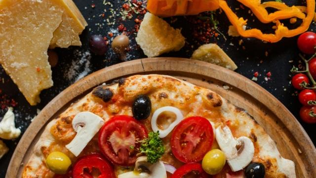 Fresh Pizza Primavera